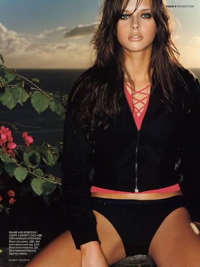 31-Vogue-Island-Safari-6_Indira-Cesarine.jpg