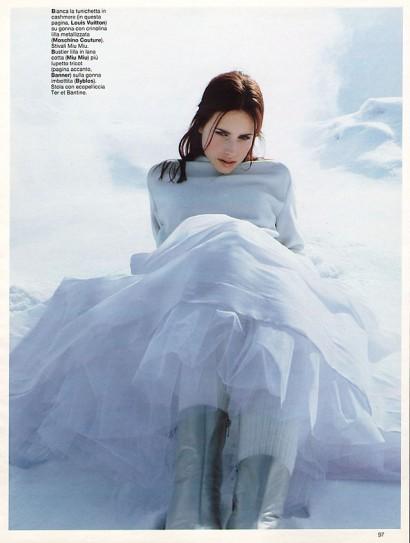 Grazia-Magazine-Photography-Indira-Cesarine-024.jpg