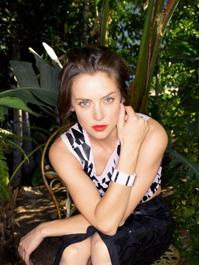 Jessica-Stroup-The-Untitled-Magazine-Photography-by-Indira-Cesarine-026a1.jpg