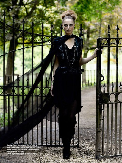 Indira-Cesarine-Fashion-Director_46-Time-Warp-The-Untitled-Magazine.jpg