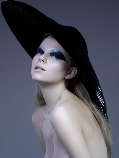 Indira-Cesarine-Photography-Fashion-Director_86-Futurists-The-Untitled-Magazine.jpg