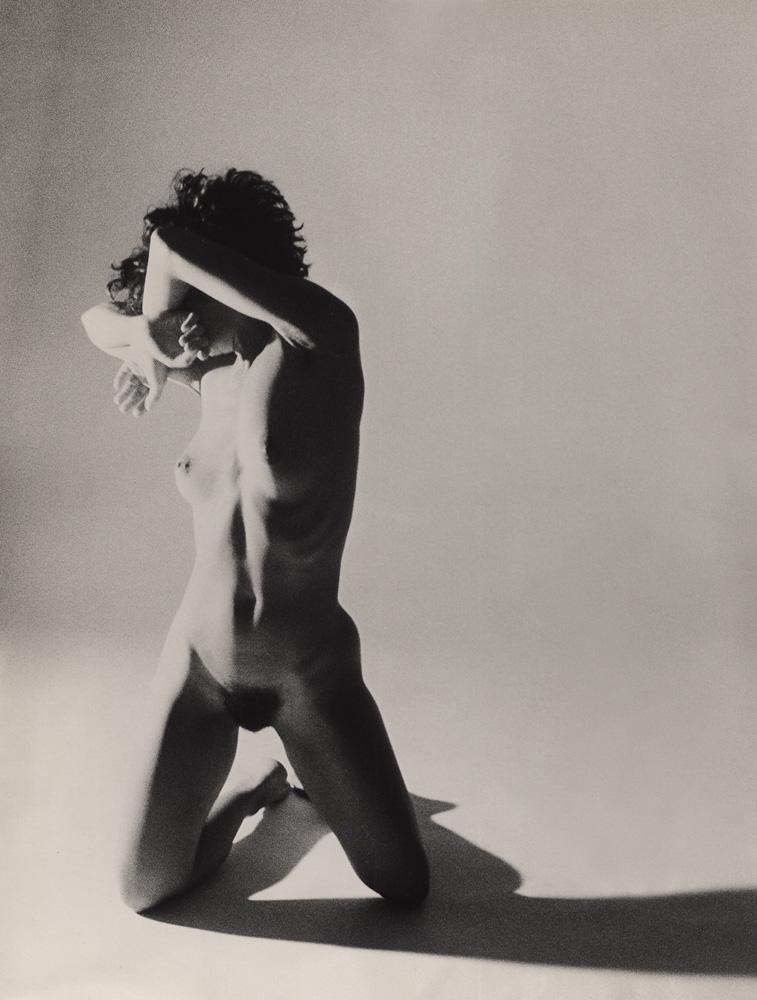 Indira-Cesarine-Nude-Girl-in-Studio-1987-Photographic-bw-Print-Solarized-lr.jpg