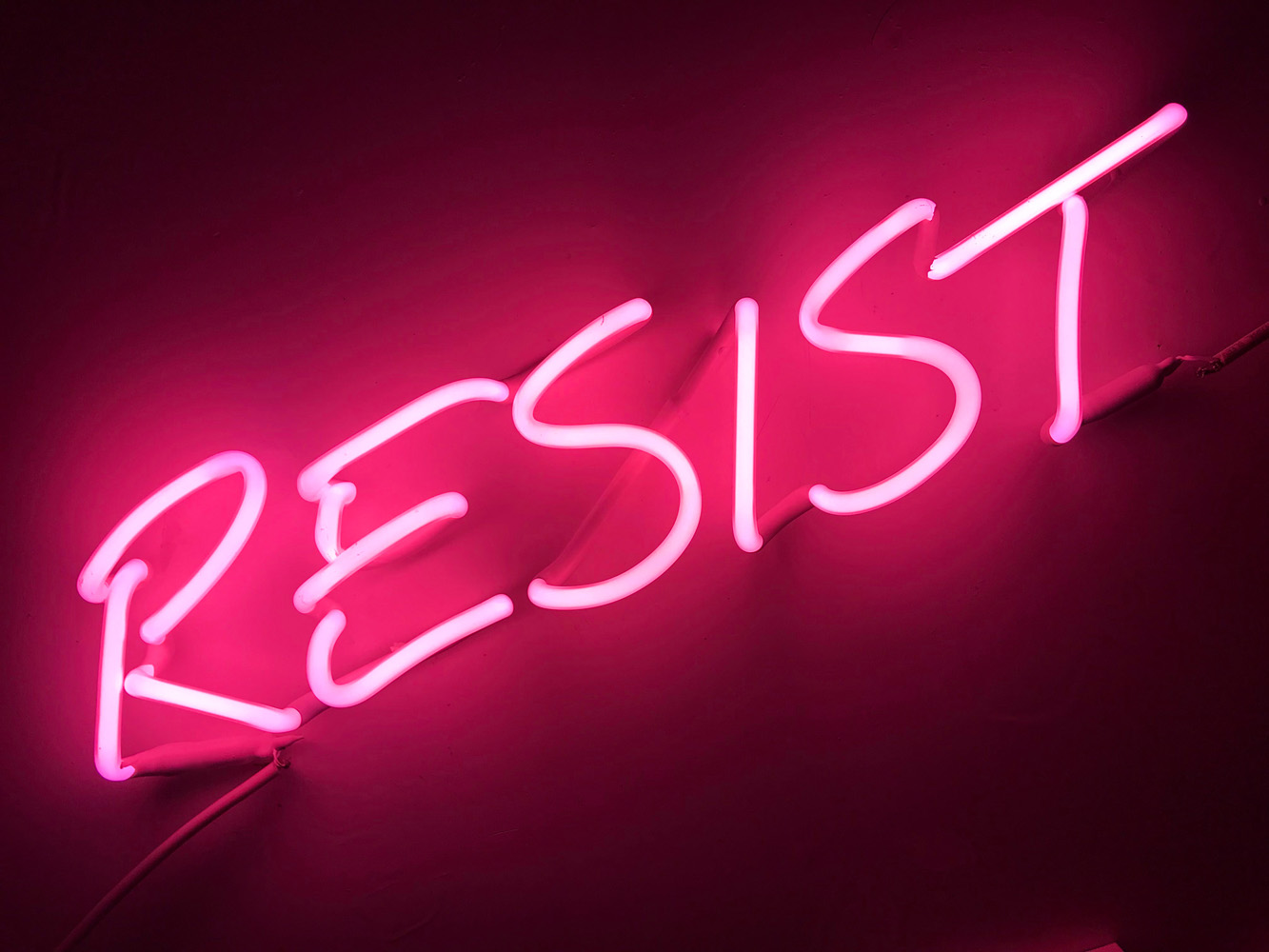 Indira-Cesarine-22RESIST-NOW22-2018-Neon-Sculpture-01x.jpg