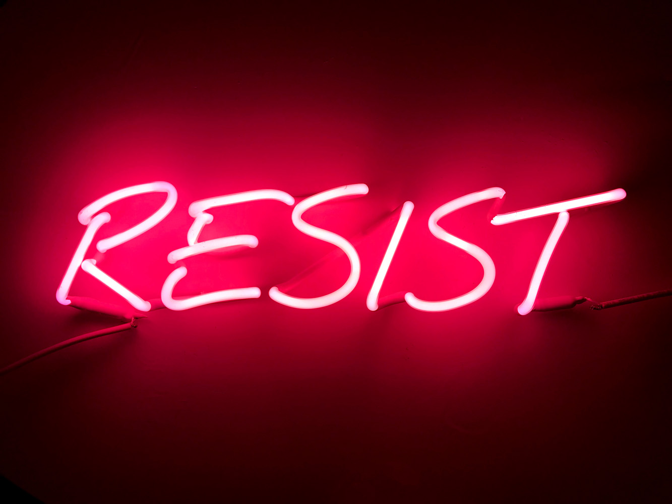 Indira-Cesarine-22RESIST-NOW22-2018-Neon-Sculpture-02x.jpg