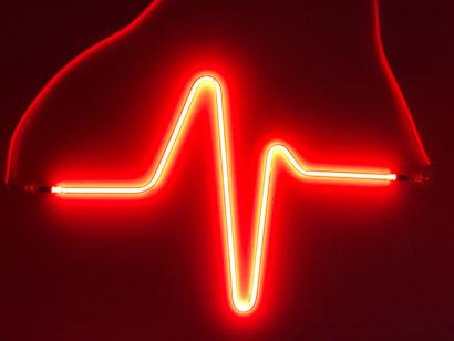 Indira-Cesarine-HEARTBEAT-No3-Neon-Sculpture-003.jpg