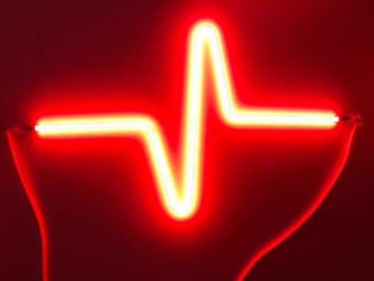 Indira-Cesarine-HEARTBEAT-No4-Neon-Sculpture-002.jpg