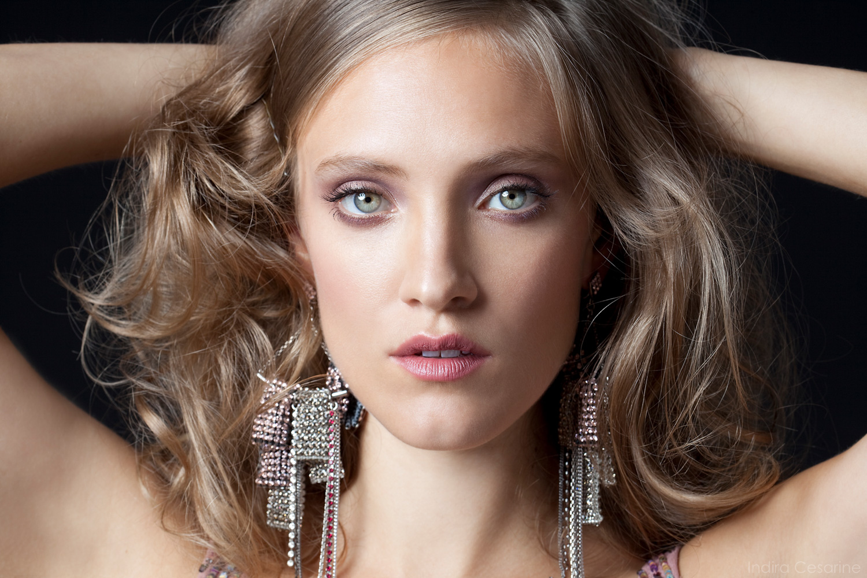 Alexia-Rasmussen-Photography-by-Indira-Cesarine-002.jpg