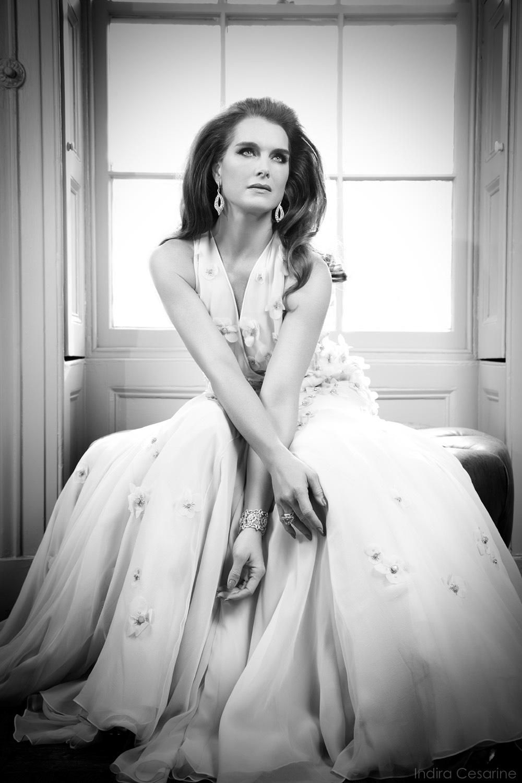 Brooke-Shields-Photography-by-Indira-Cesarine-005.jpg