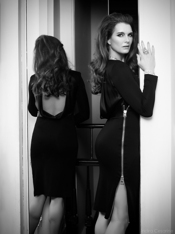 Brooke-Shields-Photography-by-Indira-Cesarine-015.jpg