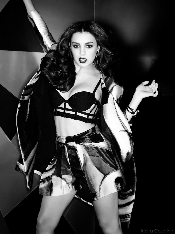 Charli-XCX-Photography-Indira-Cesarine-007.jpg