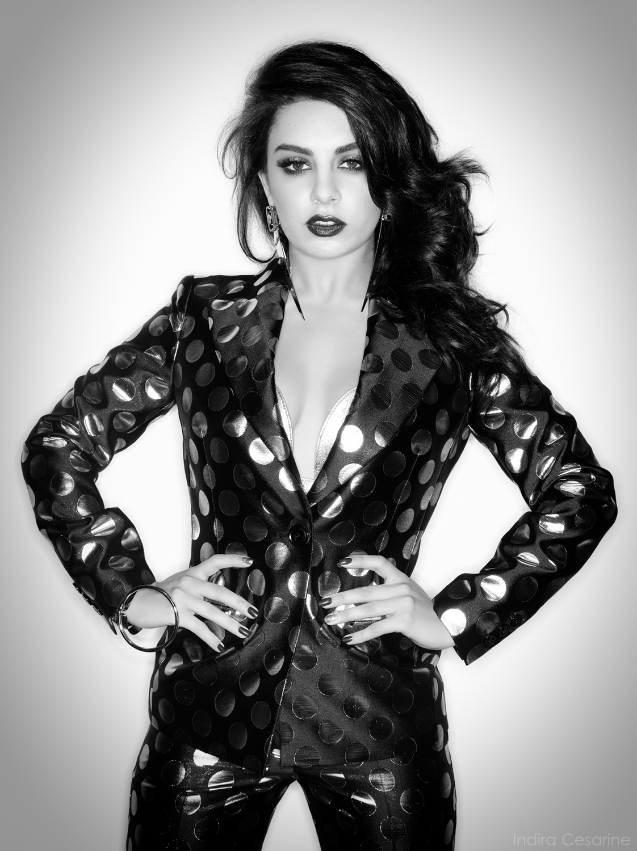 Charli-XCX-Photography-Indira-Cesarine-013.jpg
