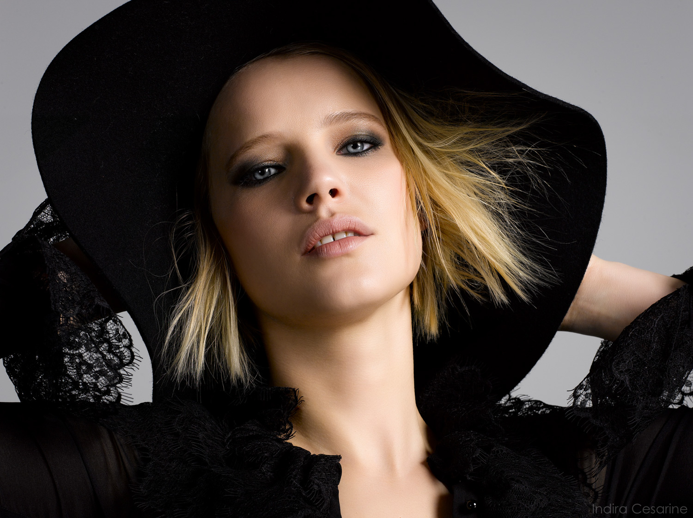Joanna-Kulig-Photography-by-Indira-Cesarine-007.jpg