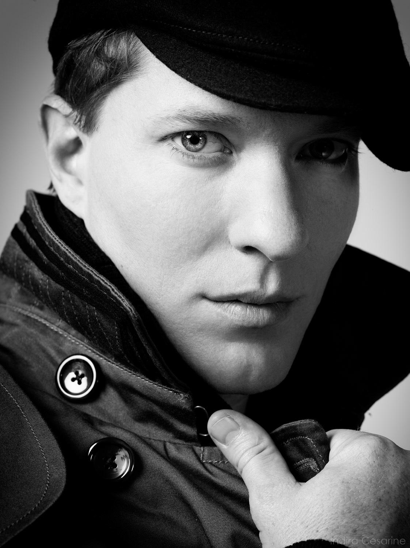 Joseph-Sikora-Photography-by-Indira-Cesarine-012.jpg
