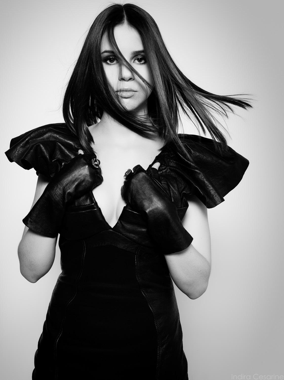 Marina-Kaye-The-Untitled-Magazine-Photography-by-Indira-Cesarine-005.jpg
