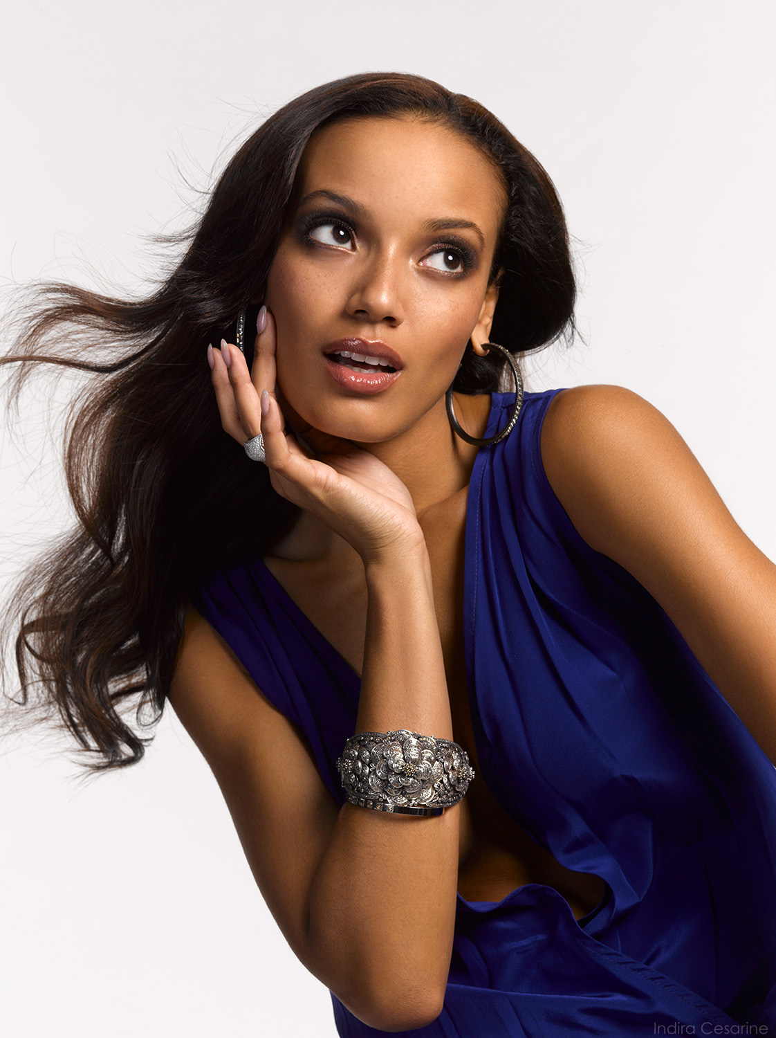 SELITA-EBANKS-Photography-by-Indira-Cesarine-011.jpg
