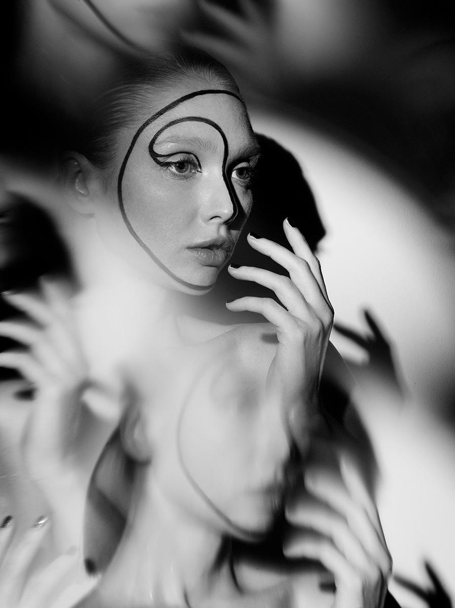 Indira-Cesarine-22The-Labyrinth-Natalya-No-422-1.jpg