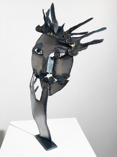 Indira-Cesarine-La-Reine-2018-Welded-Steel-Sculpture-004.jpg