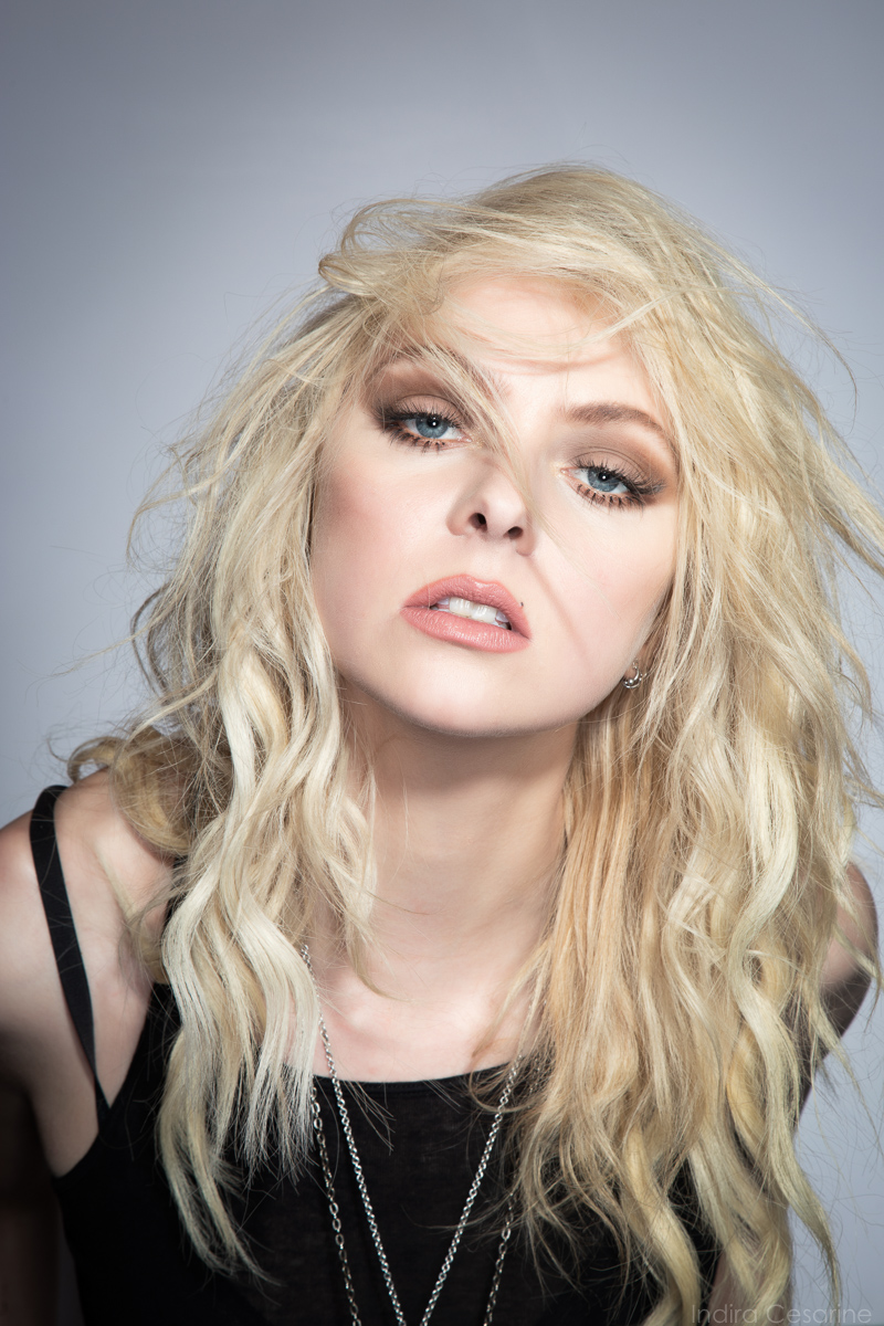 TAYLOR-MOMSEN-THE-PRETTY-RECKLESS-PHOTOGRAPHY-BY-INDIRA-CESARINE-2.jpg