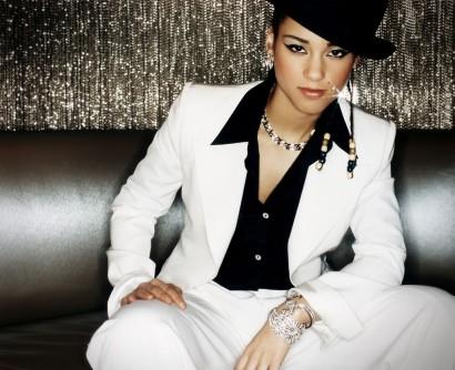 023_Alicia-Keys-Magazine-Photography-Indira-Cesarine.jpg