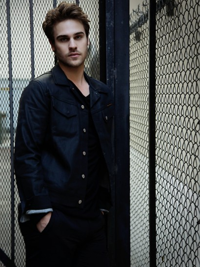 094-Grey-Damon-The-Untitled-Magazine-Photography-by-Indira-Cesarine-3.jpg