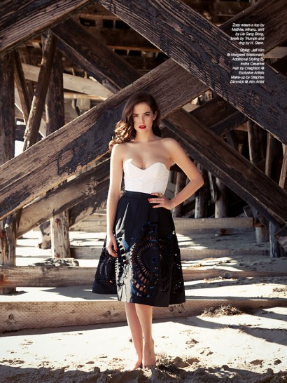 0-Zoey-Deutch-The-Untitled-Magazine-Photography-by-Indira-Cesarine-052.jpg