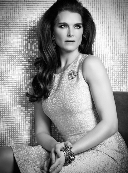 004-0-Brooke-Shields-The-Untitled-Magazine-Photography-by-Indira-Cesarine-002a.jpg