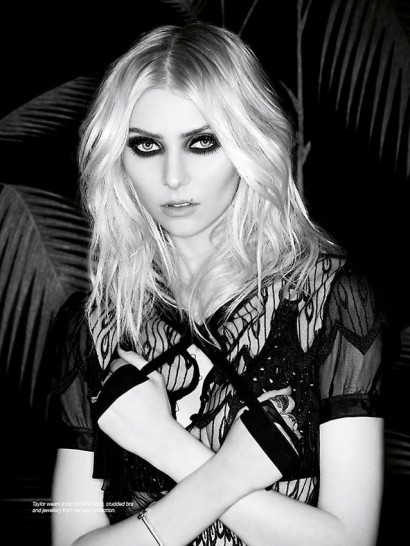 036_Taylor-Momsen-The-Untitled-Magazine-Photography-by-Indira-Cesarine1.jpg