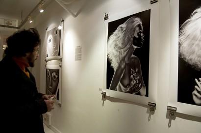 visionair-gallery-opening-indira-cesarine-2010-005.jpg
