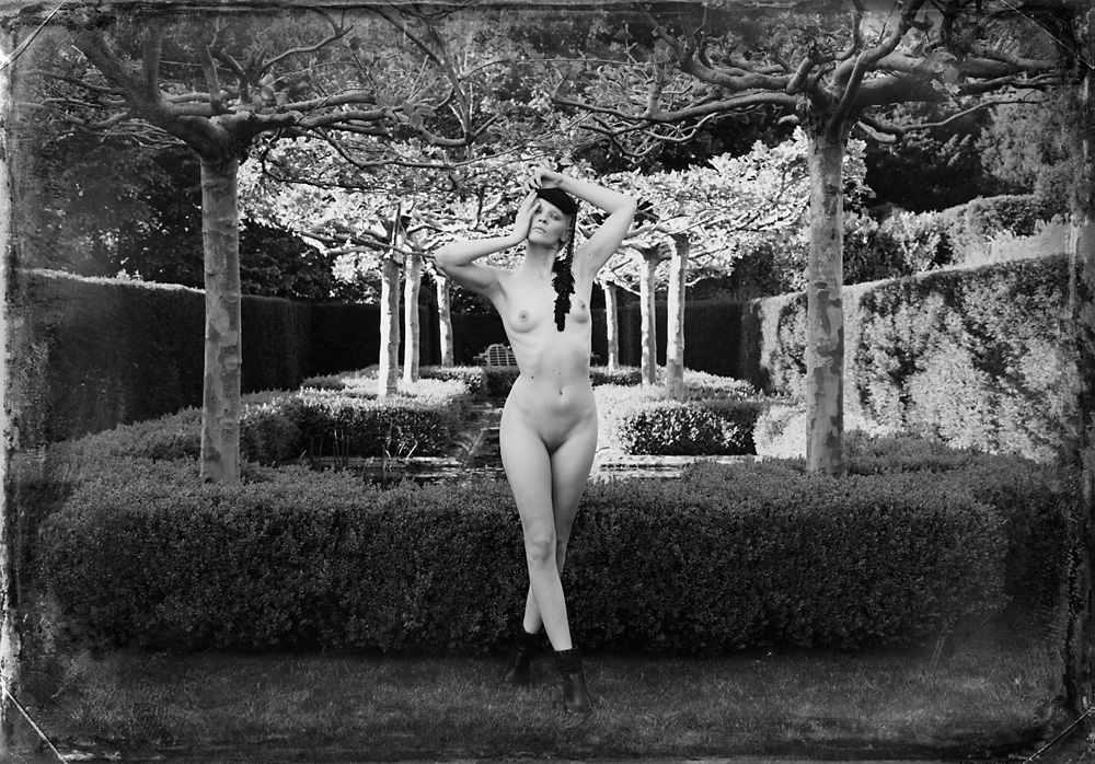 Indira-Cesarine-Second-Circle-No-5-2012-Limited-Edition-Photography-Series-006.jpg