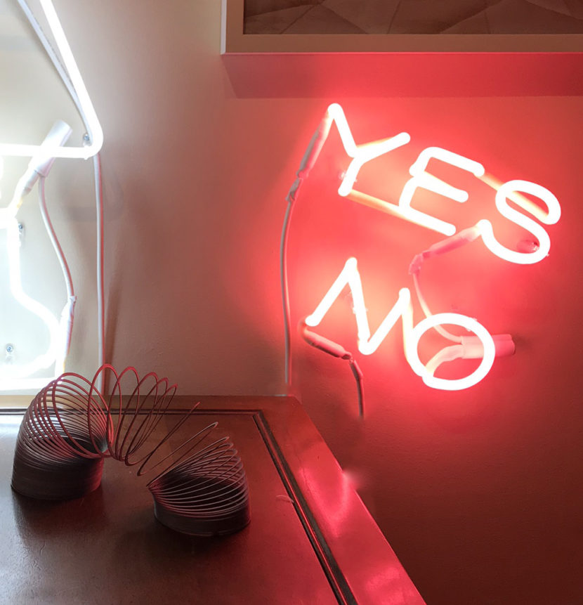 INDIRA-CESARINE_YES-NO-pink_NEON-LIGHT-SCULPTURES_2018.jpeg
