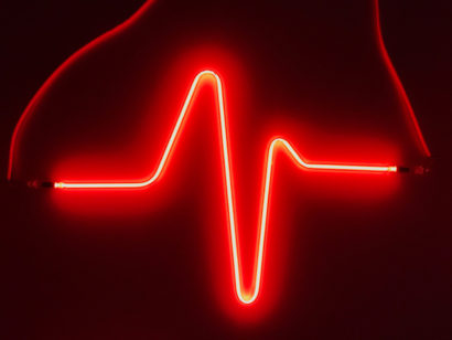 Indira-Cesarine-HEARTBEAT-No3-Neon-Sculpture-001.jpg