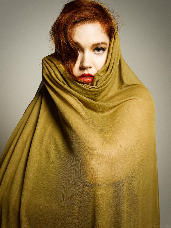 ANNA-WISE-Photography-by-Indira-Cesarine-005.jpg