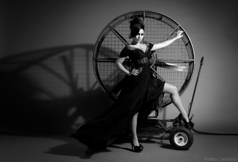 Vanessa-Hudgens-Photography-by-Indira-Cesarine-005.jpg