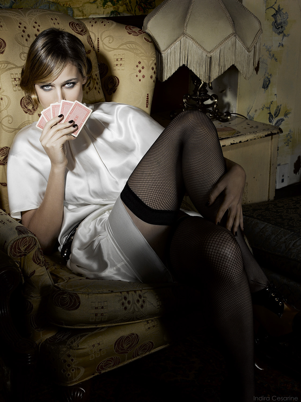 LEELEE-SOBIESKI-Photography-by-Indira-Cesarine-008.jpg