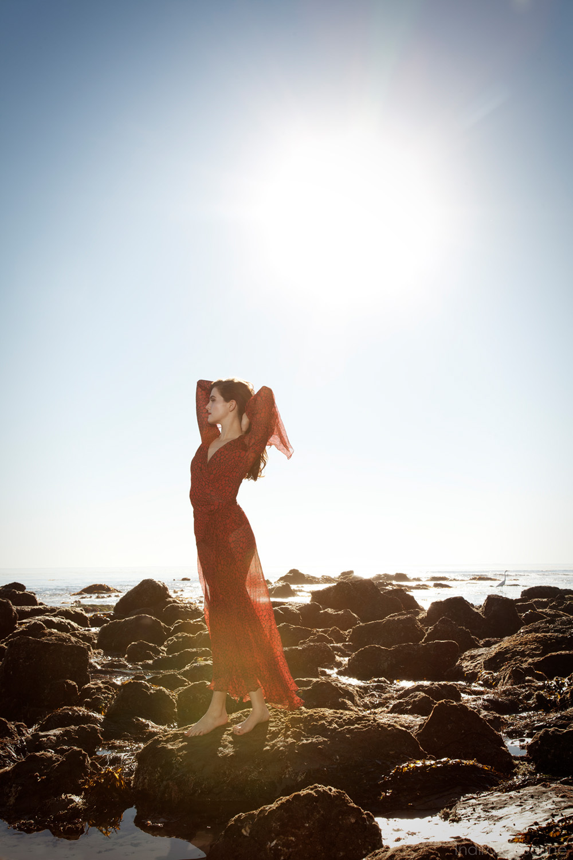 Zoey-Deutch-Photography-by-Indira-Cesarine-008.jpg