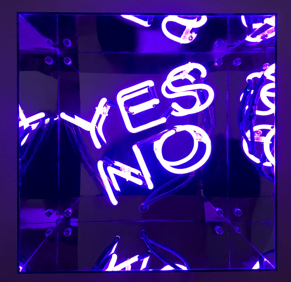 Indira-Cesarine-22Pandoras-Box-violet22-2018.jpg