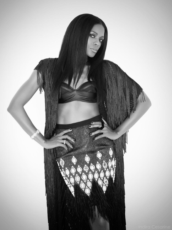 Naomie-Harris-Photography-Indira-Cesarine-010-bw.jpg