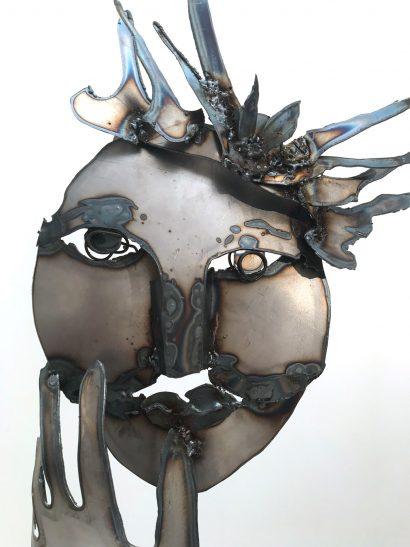 Indira-Cesarine-La-Reine-2018-Welded-Steel-Sculpture-002.jpg