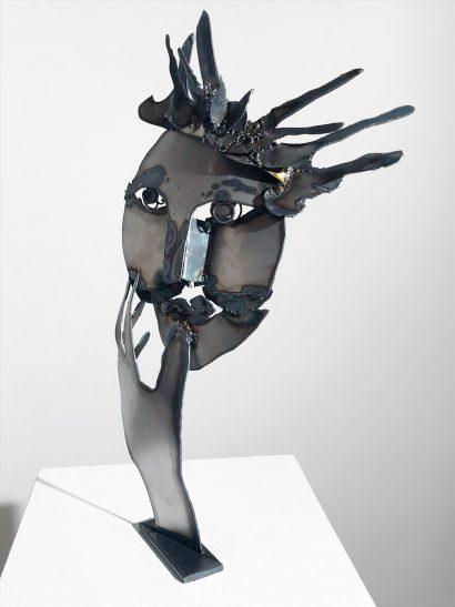 Indira-Cesarine-La-Reine-2018-Welded-Steel-Sculpture-004.jpg